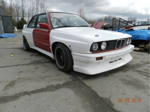 REAR FENDERS (L+R) BMW E30 M3 WIDE BODY +140 MM (FIBERGLASS CLOTH)