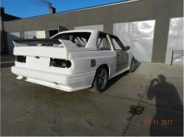 BODY-KIT BMW E30 M3 REPLICA (FIBERGLASS CLOTH)