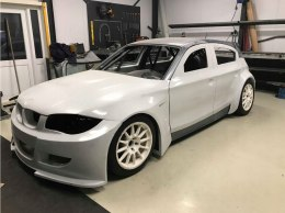 BODY-KIT BMW E87 HATCHBACK WIDEBODY (FIBERGLASS CLOTH)